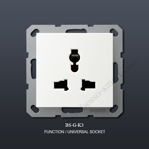 3 PIN UNIVERSAL SOCKET